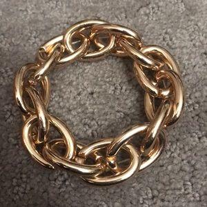Jewelry - Gold metal link bracelet